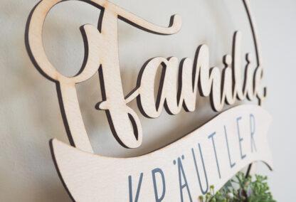 """Holzschild """"Familie"""" personalisiert"""